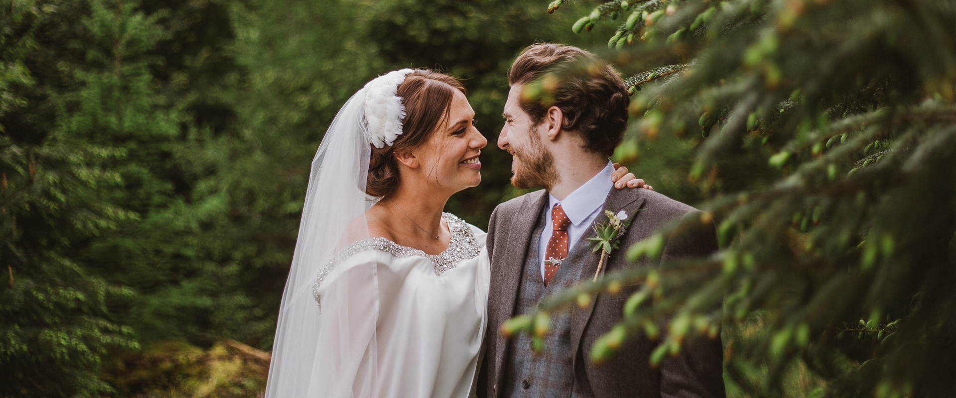 Relaxed Manchester Wedding Photographer - Emilie May