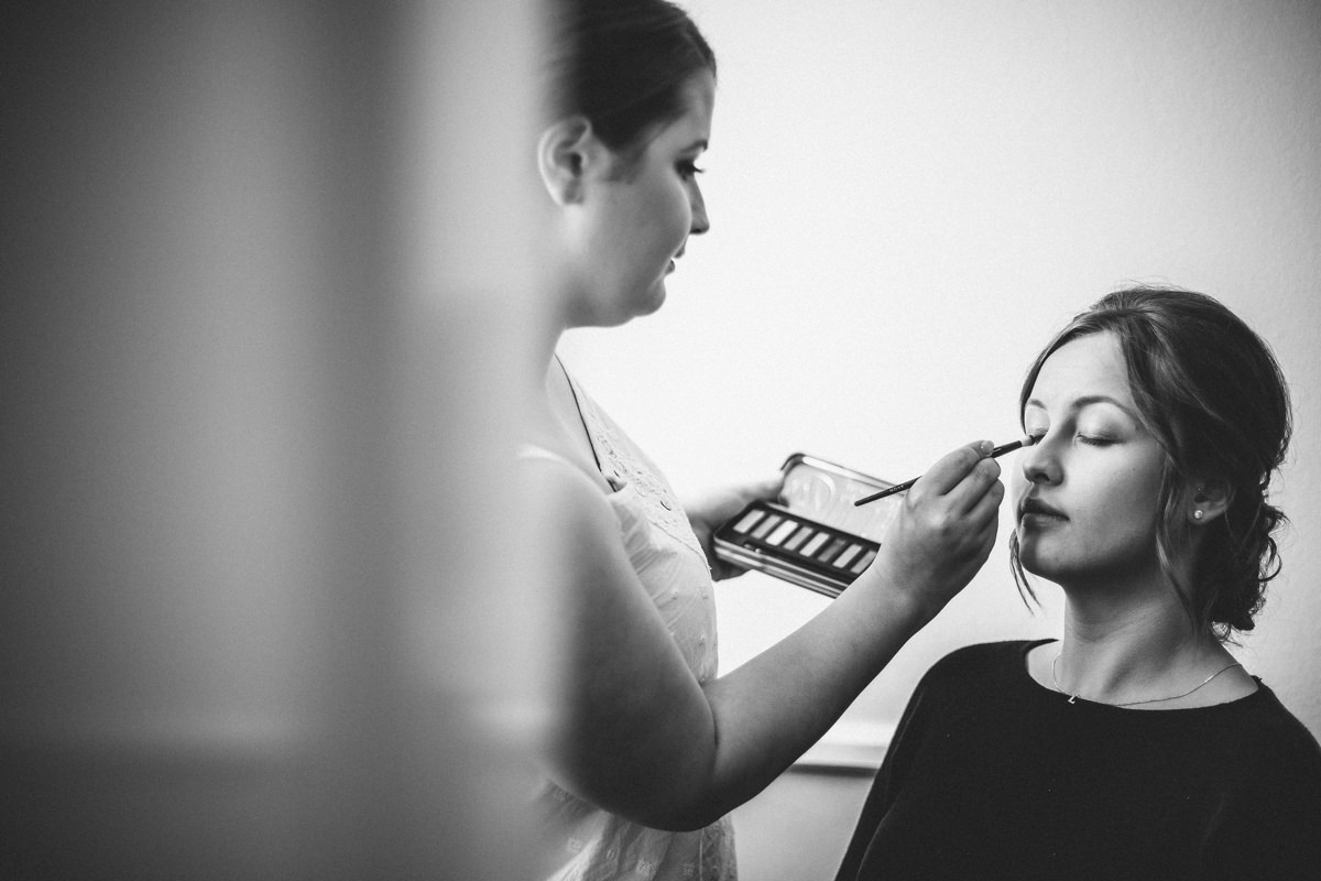 Wedding makeup, Relaxed wedding photography, Yorkshire Bride.