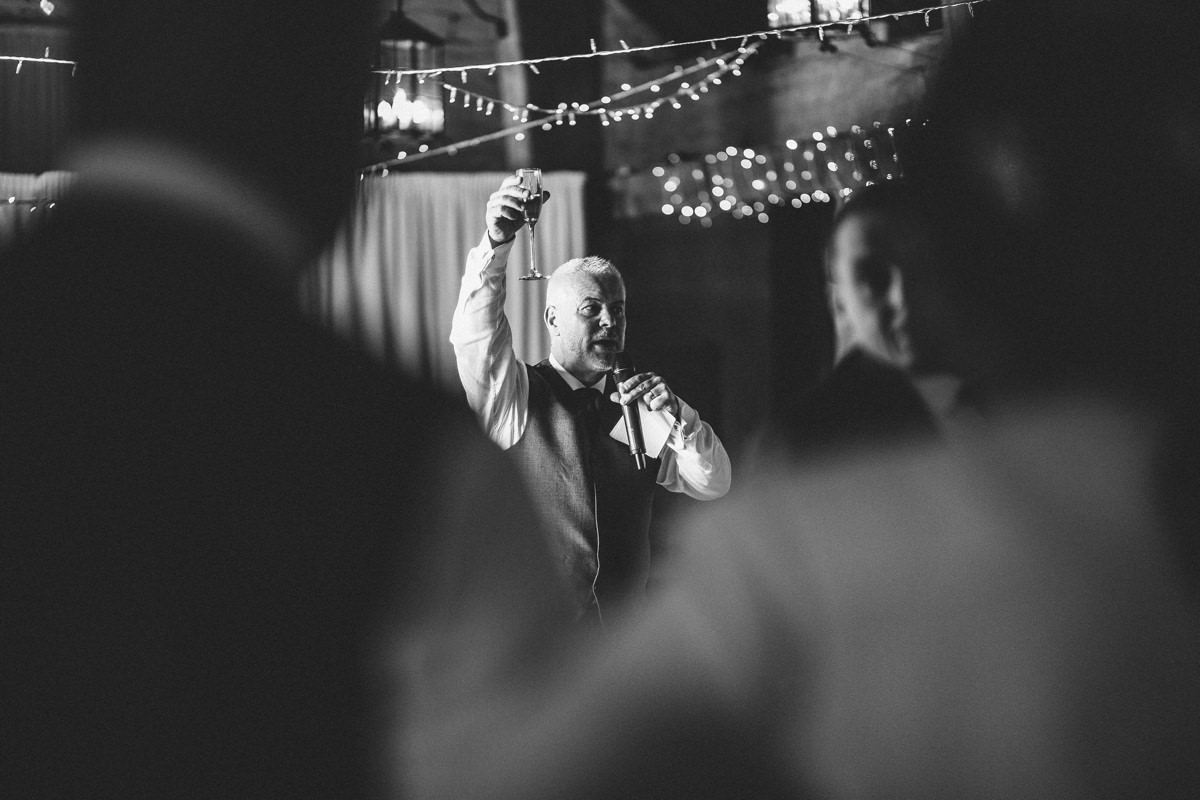Father of the bride speech. Natural wedding photography.