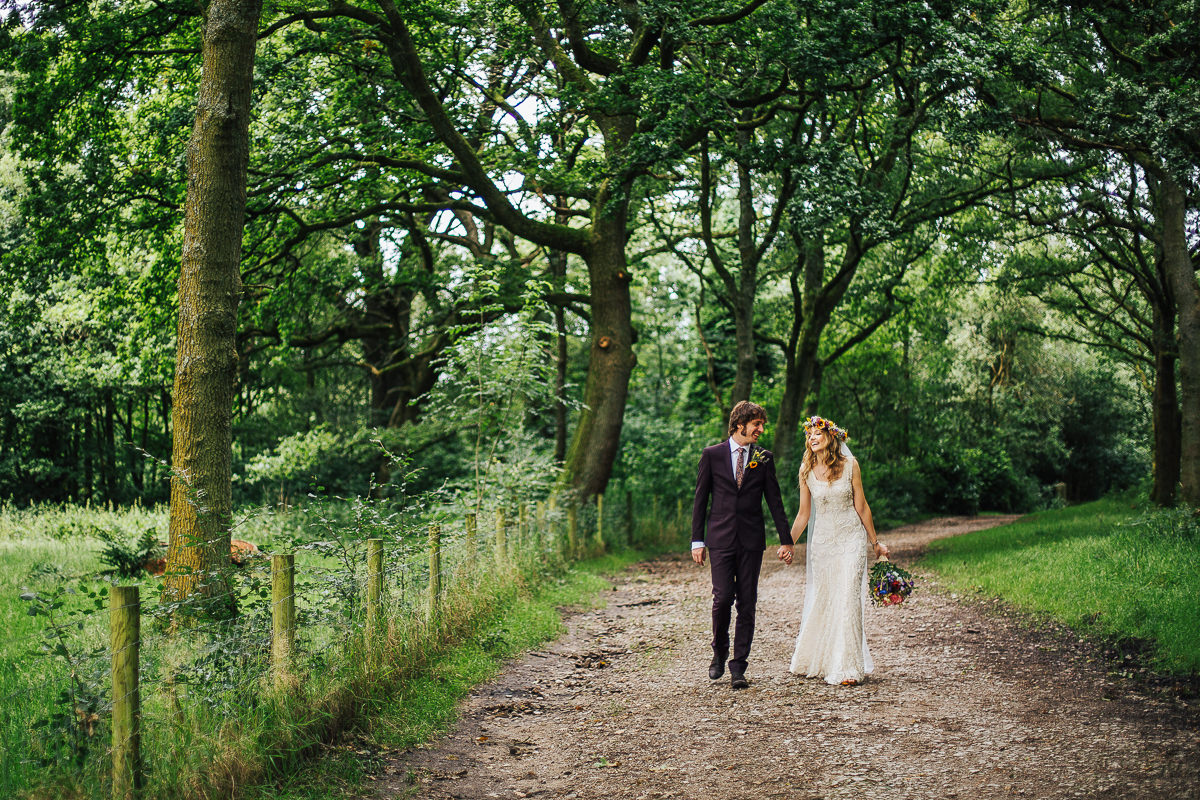 Lancashire wedding portraits - Rustic wedding