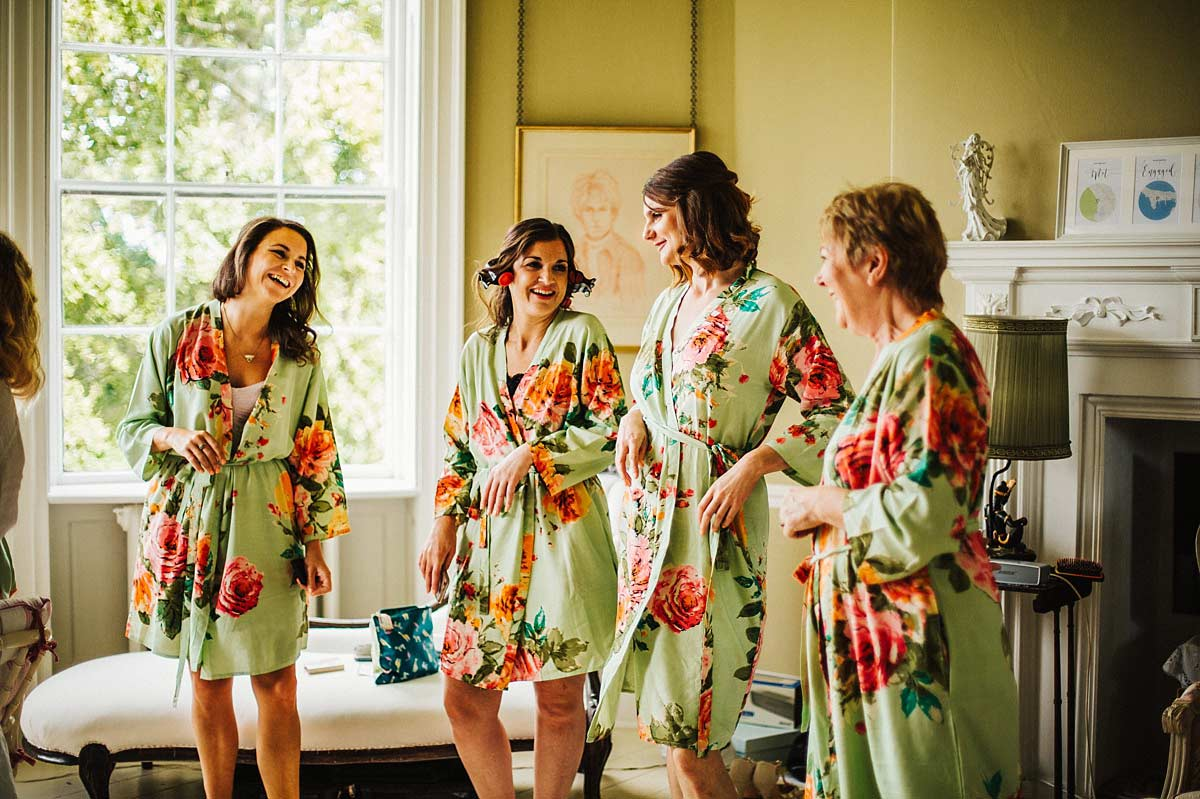 Natural wedding photo of the bridesmaids