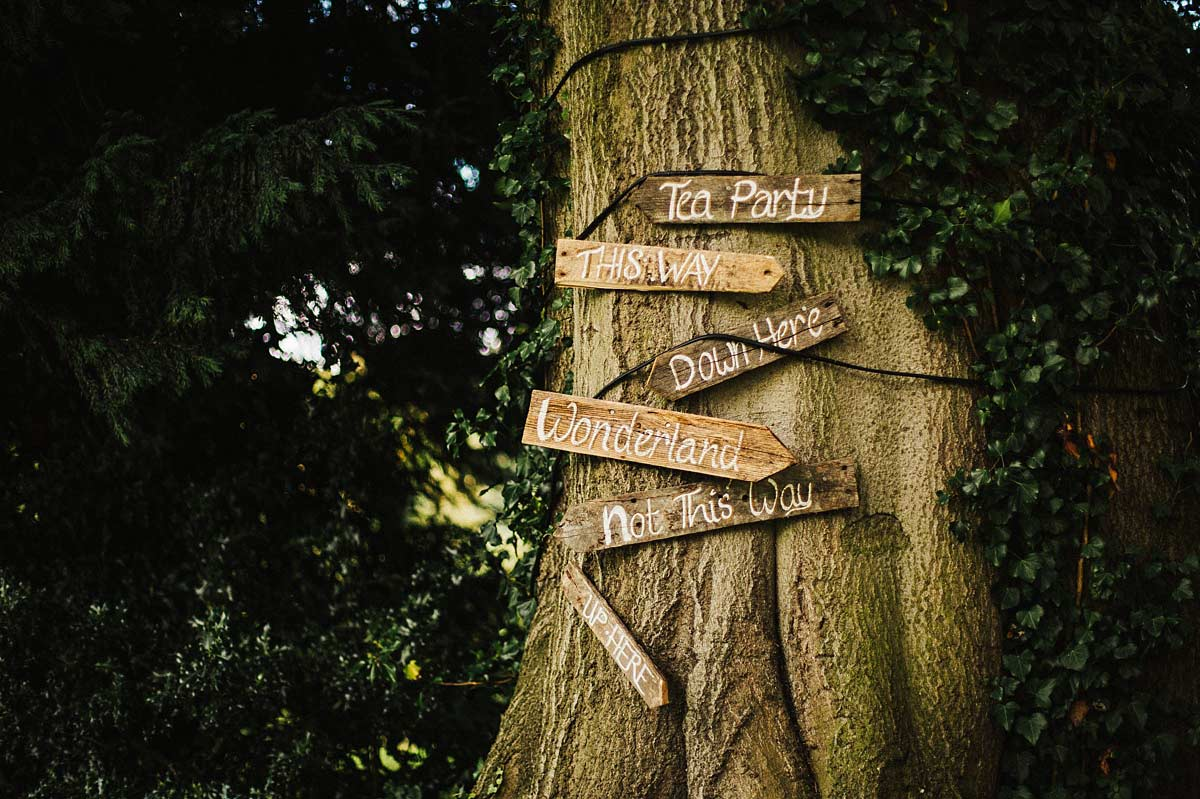Woodland wedding at East Bridgford Hill