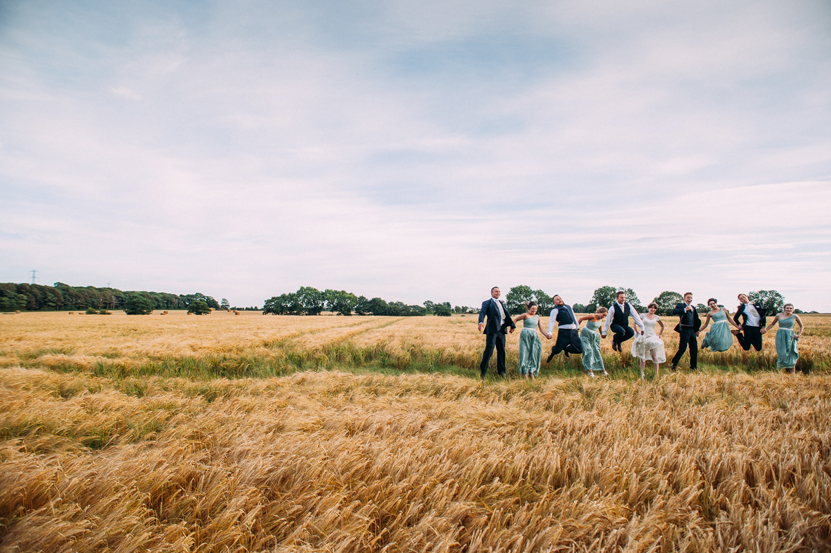Fun wedding photo in the cornfields
