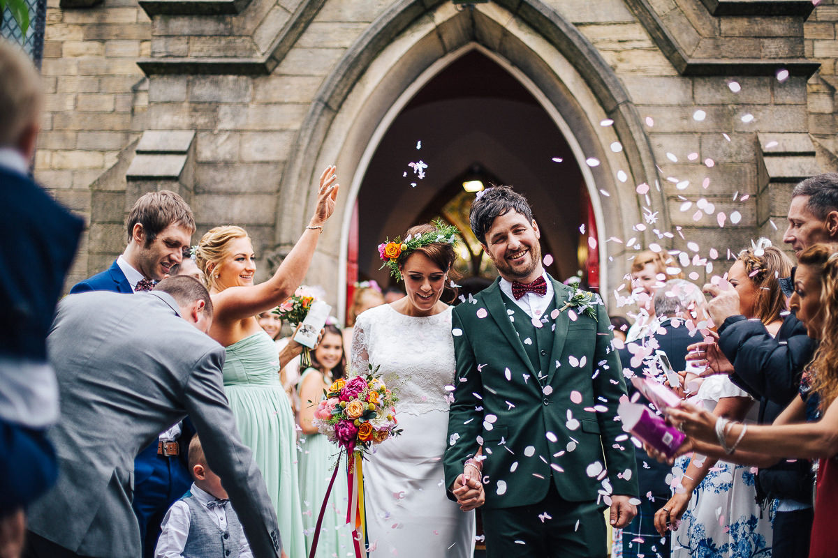 Confetti throw - Lancashire wedding