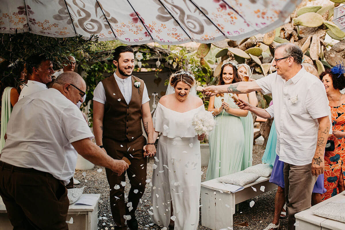 Outdoor confetti photo