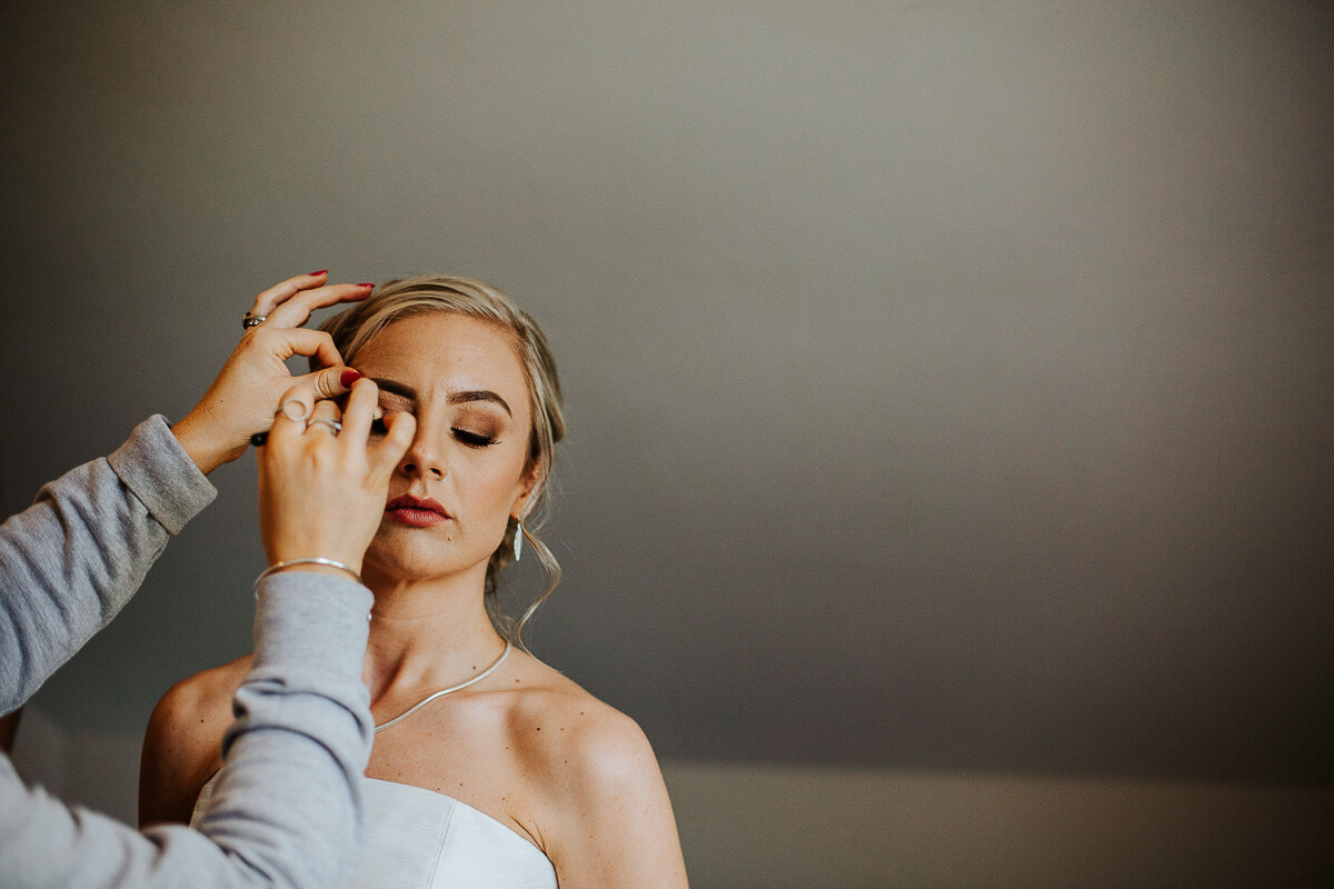 Wedding makeup final touch ups