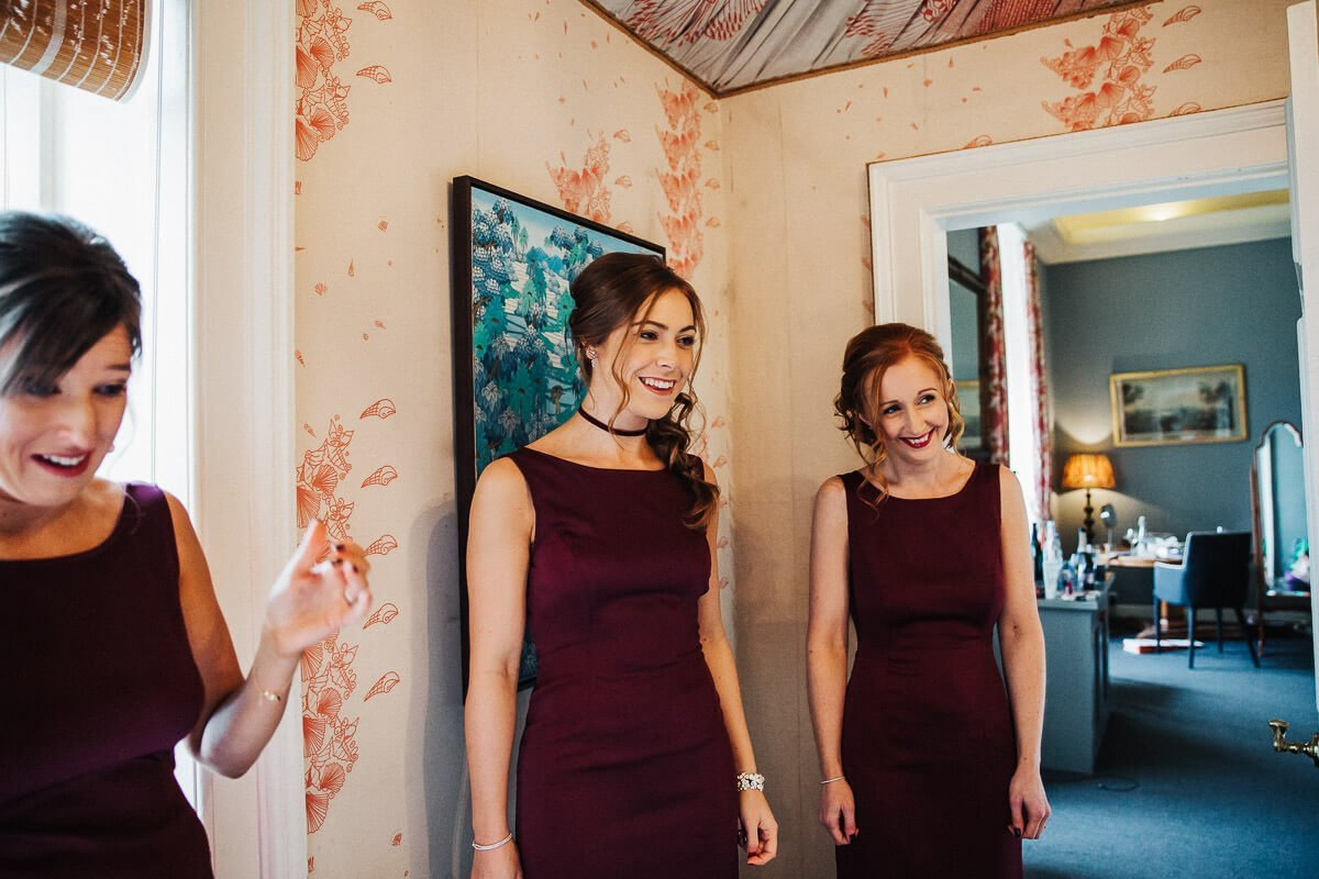 Documentary moment of the bridesmaids reaction