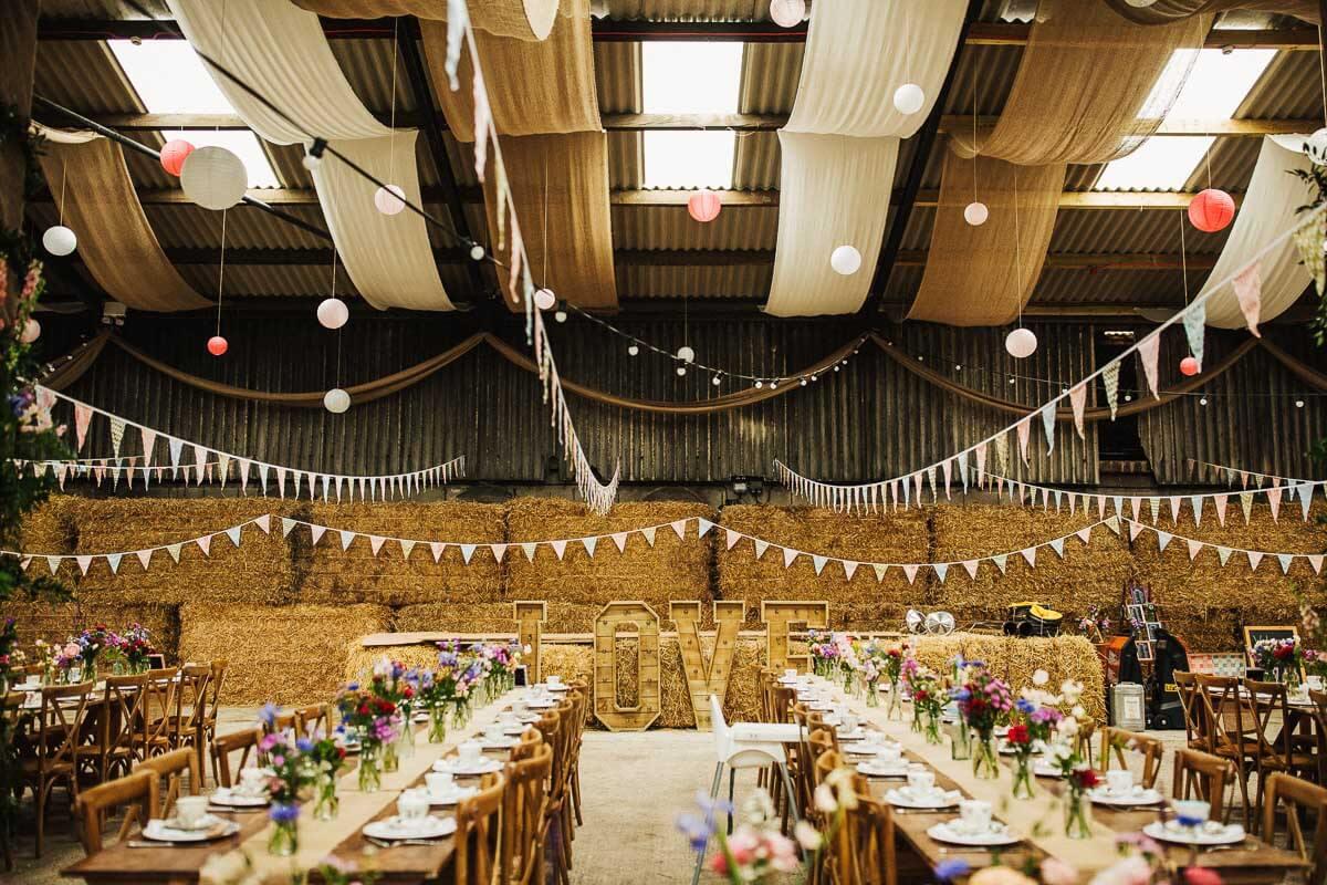Thorsett Fields Farm barn wedding venue near Manchester