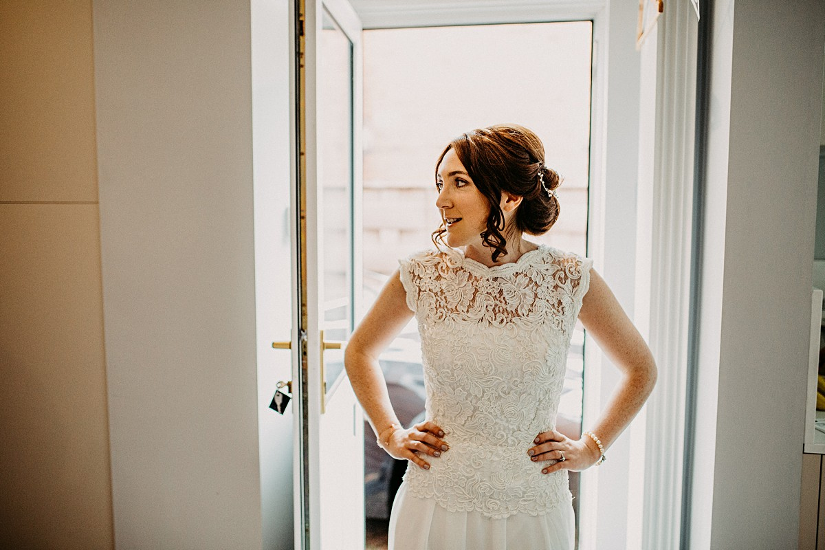 The bride in her lace dress