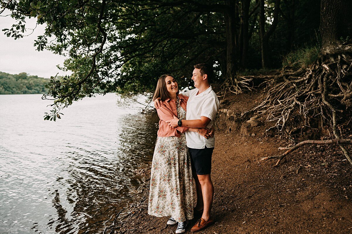 Relaxed lake engagement shoot