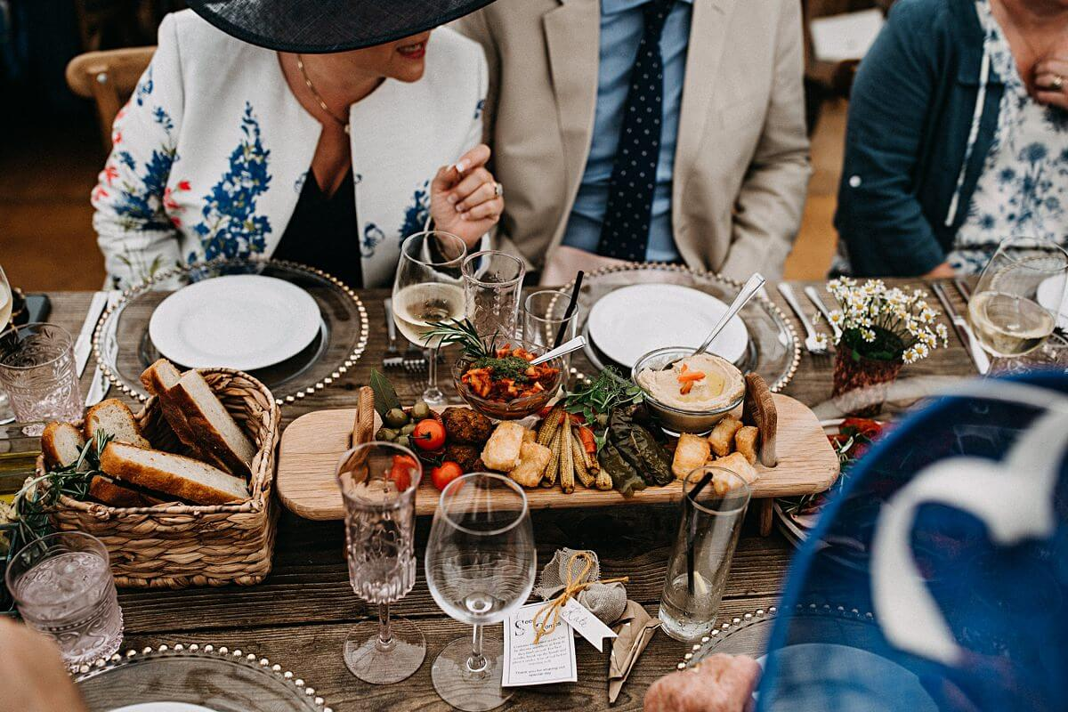 Relaxed wedding food