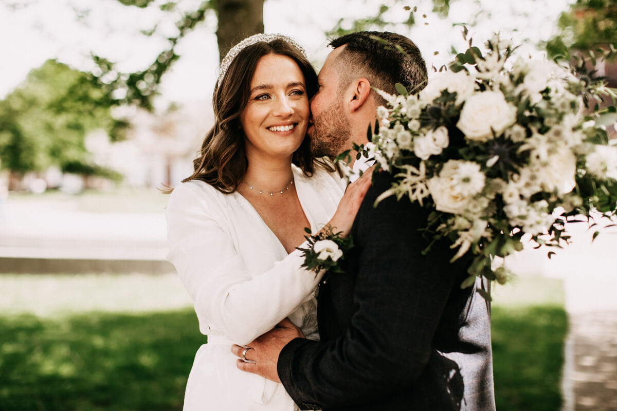 Intimate Cheshire wedding photography