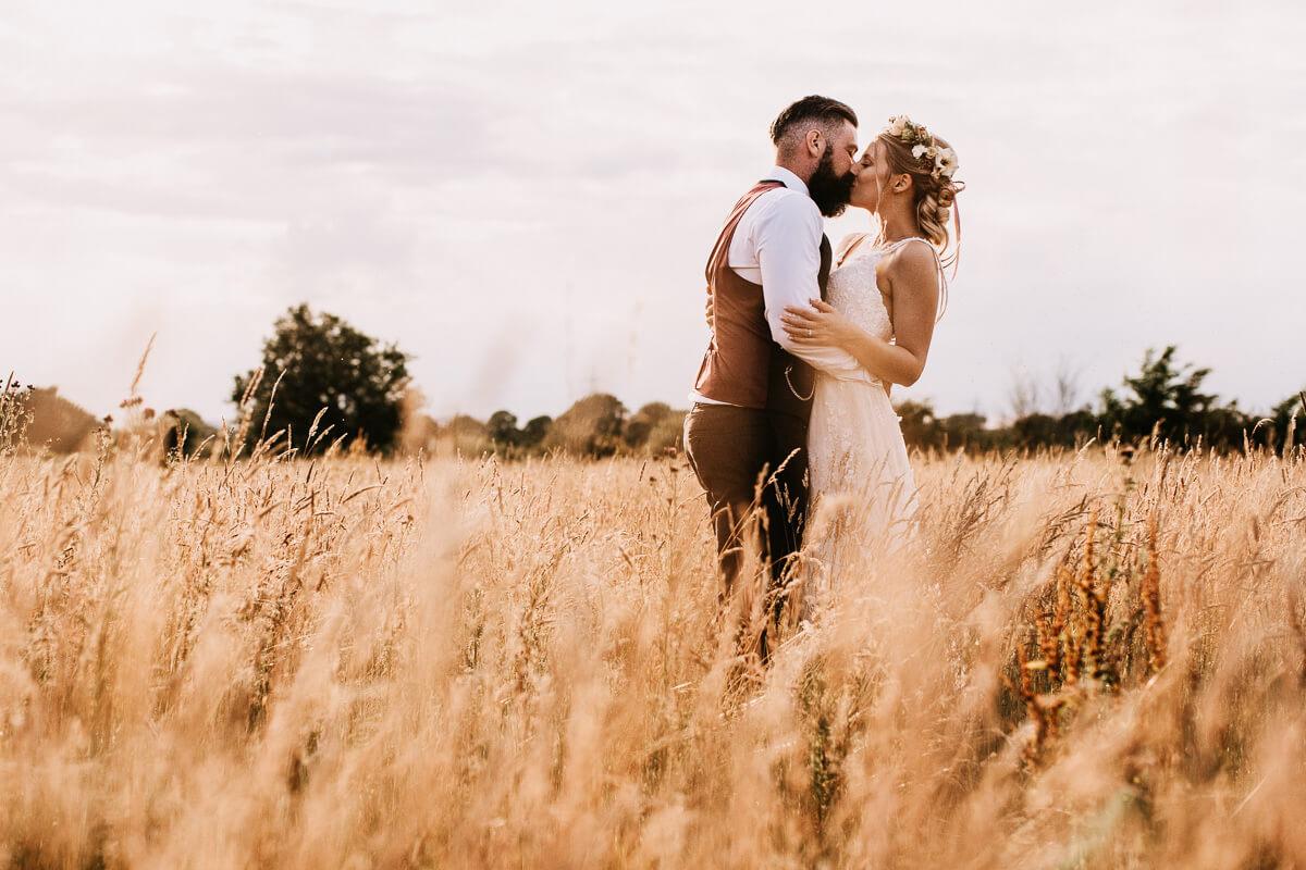 Relaxed wedding photography Warwickshire