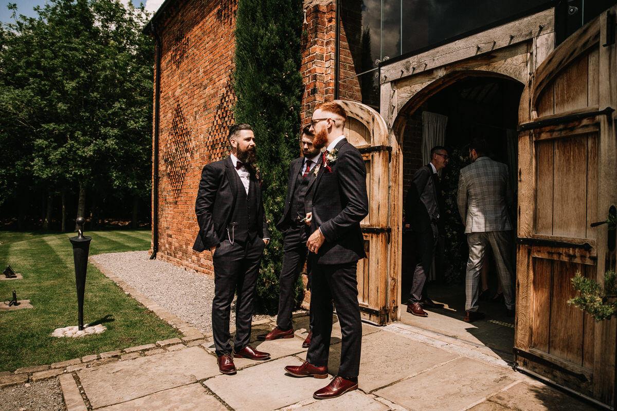 Barn wedding photography Warwickshire